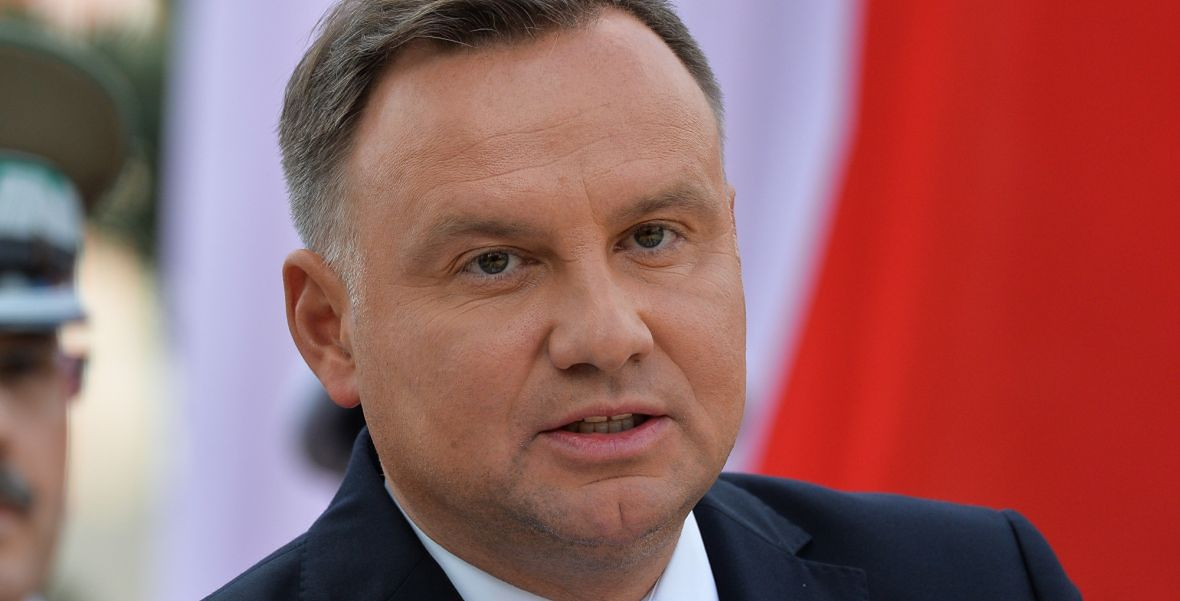 """Na razie prezydent Andrzej Duda nie ma z kim przegrać w przyszłorocznych wyborach. Do czasu, aż na stole pojawi się karta z napisem: """"Polexit"""""""