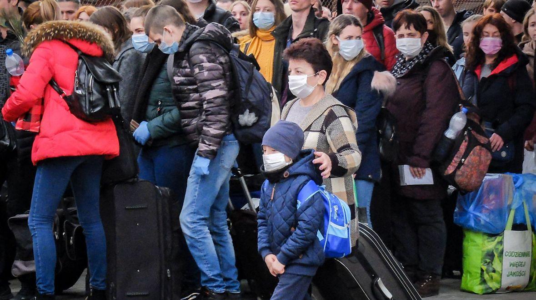 Ukraińcy wyjeżdżający z Polski. Dworzec w Przemyślu, 20 marca 2020 roku