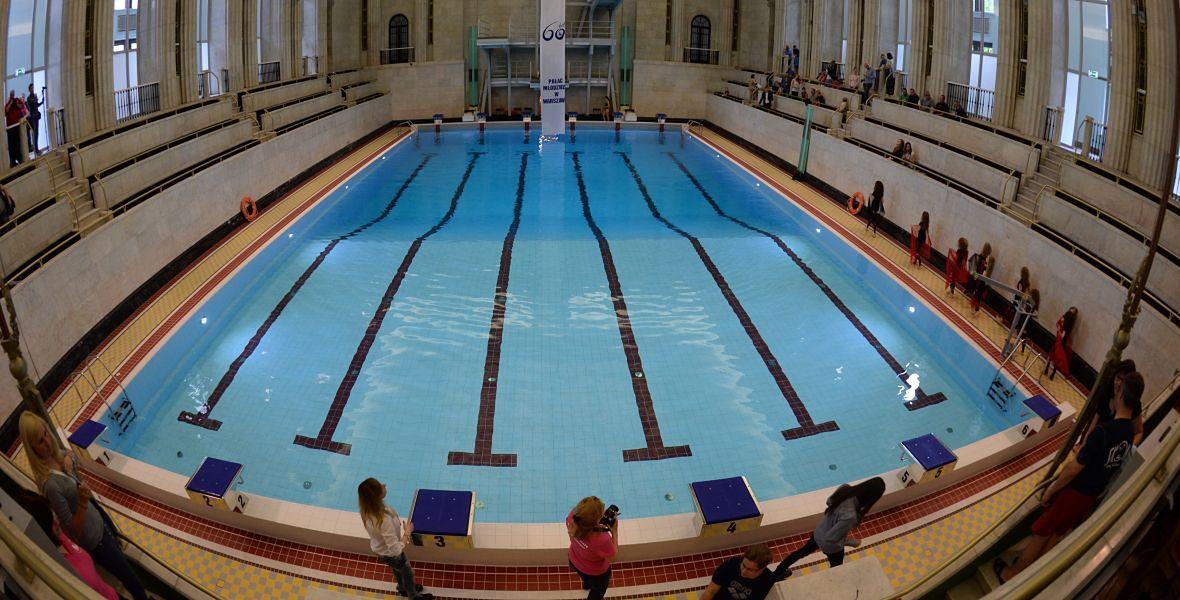 Maj 2015 roku. Po blisko dwuletnim remoncie oddano do użytku basen w Pałacu Młodzieży w PKiN