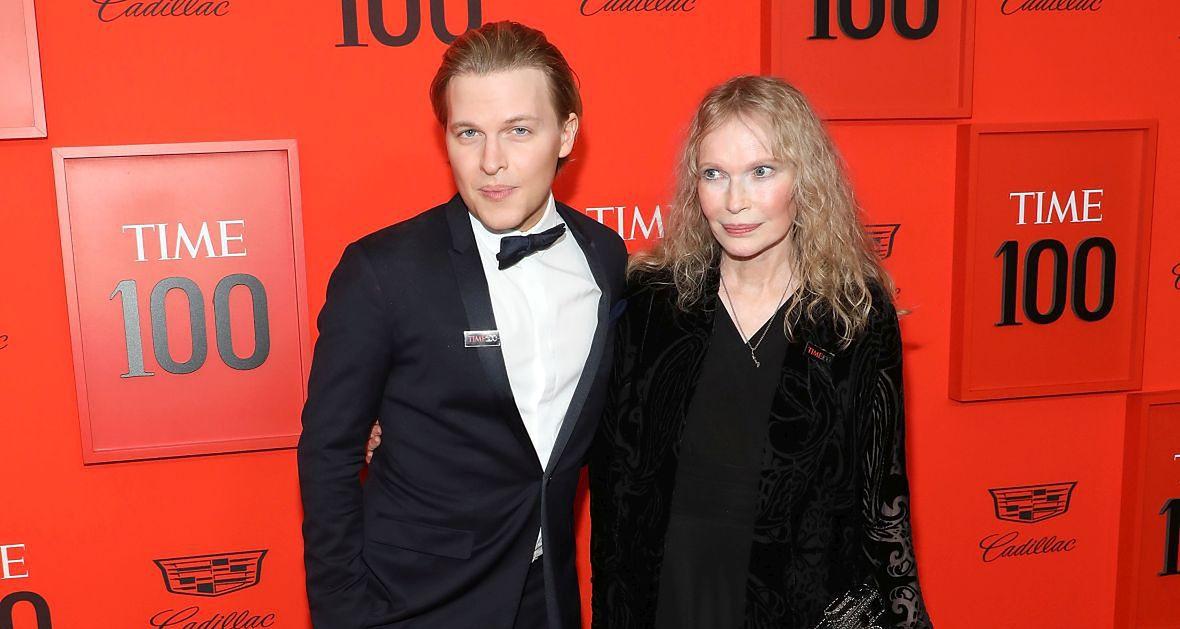 Ronan Farrow i Mia Farrow. Słynna aktorka jest matką dziennikarza