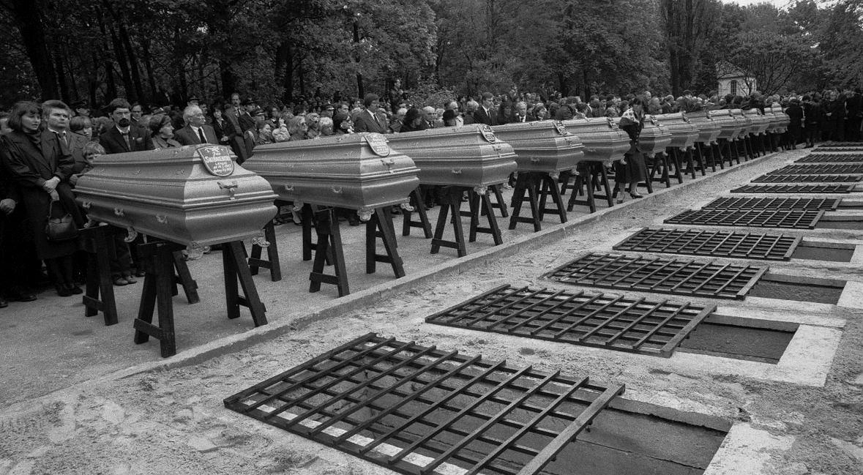 Pogrzeb członków rozbitego samolotu. 23 maja 1987 roku