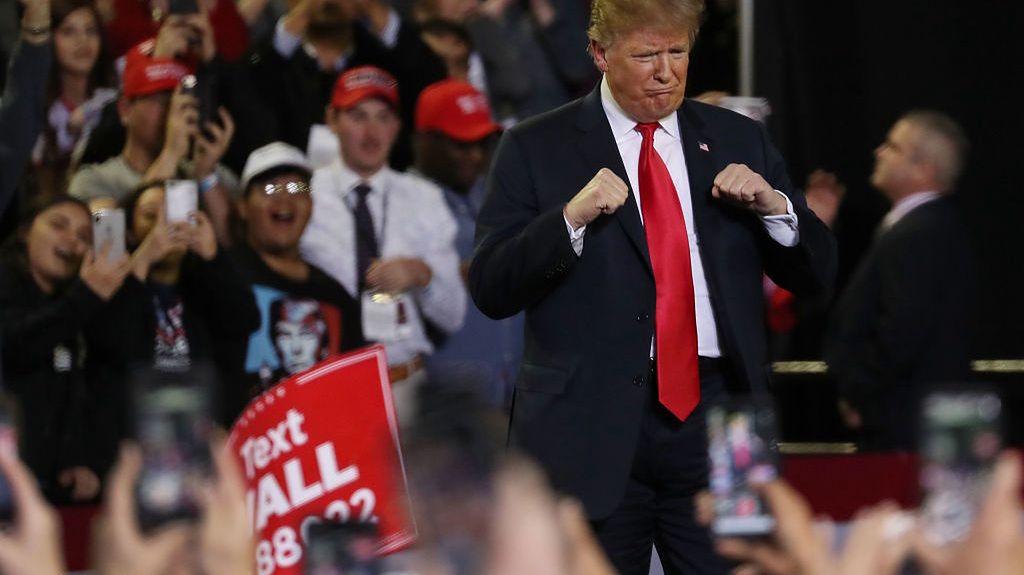 17 października 2017, Dallas, Texas. Prezydent USA na wiecu swoich zwolenników