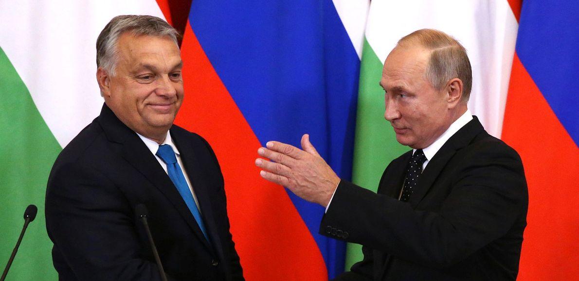 Premier Węgier Viktor Orban i prezydent Rosji Władimir Putin na Kremlu