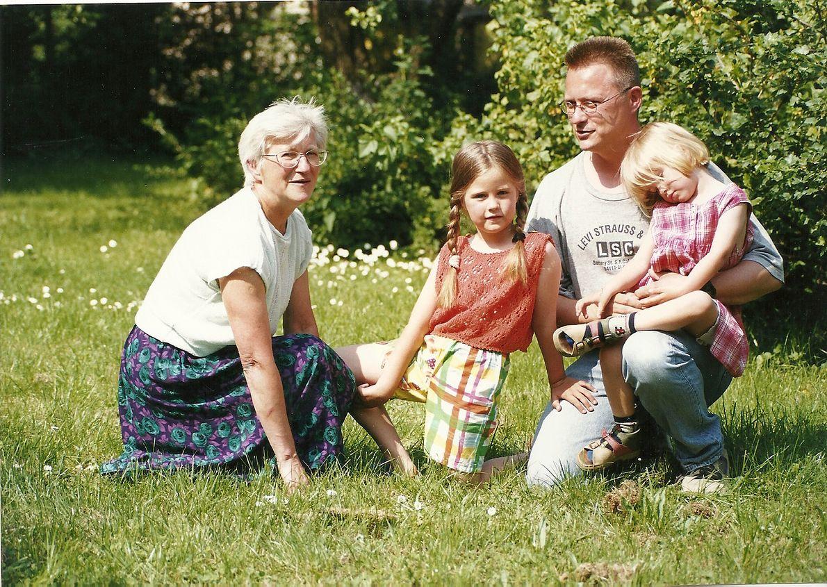 Jadwiga z synem i wnuczkami w Niemczech