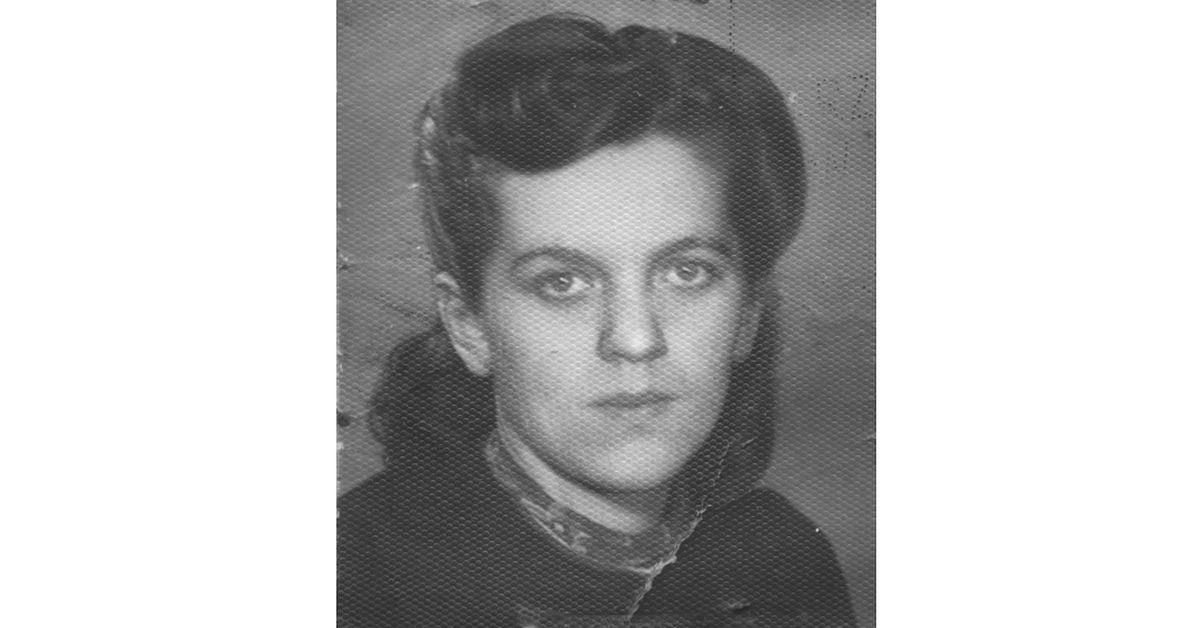 Babcia Wioli Rębeckiej-Davie tuz przed wywiezieniem do obozu koncentracyjnego. Rok 1943