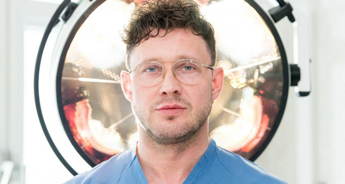 Dr Maciej Socha