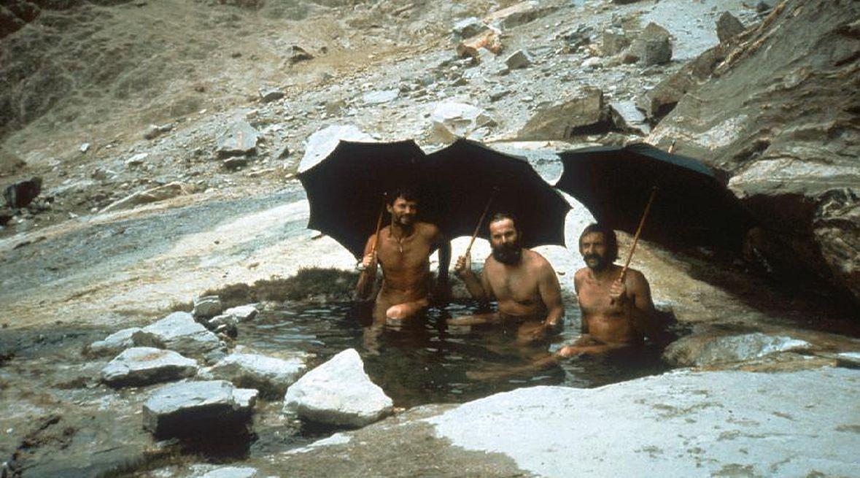 Ryszard Pawłowski, Janusz Majer i Krzysztof Wielicki. Chongo, ciepłe źródła, rok 1984