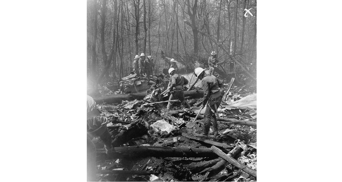 Ekipy pracujące na miejscu katastrofy. 10 maja 1987 roku