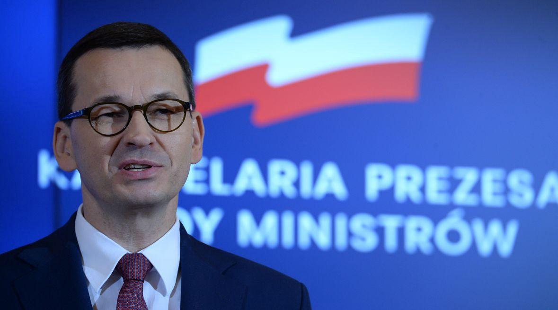 """Mateusz Morawiecki - dla jednych premier, którego zazdrości nam Europa, dla innych niepoprawny samochwała, który """"potrafi"""" przewidzieć nieprzewidywalne i się do tego przygotować"""