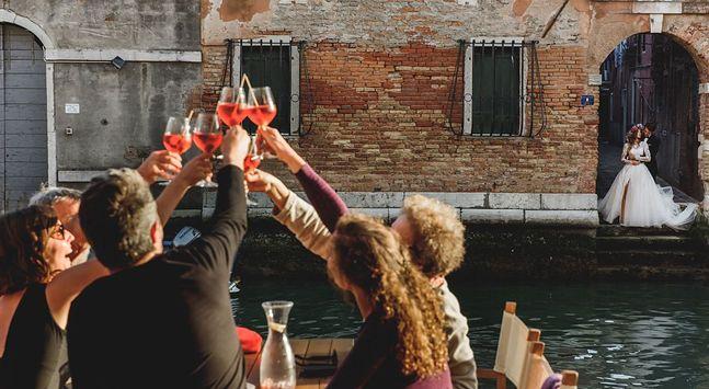 Duet LMFOTO.PL robił zdjęcia ślubne w kilkunastu krajach. Tu uroczystość w Wenecji